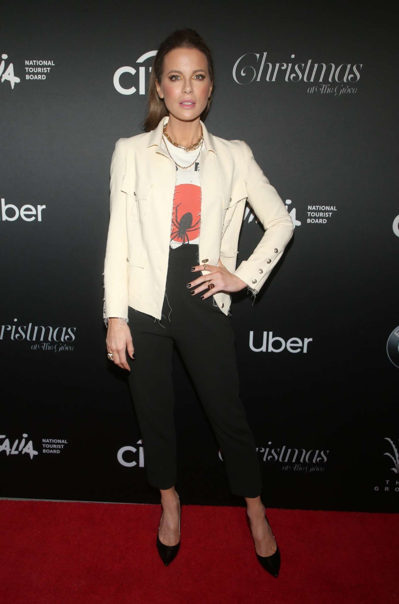 Kate Beckinsale 2019 : Kate Beckinsale – Christmas At The Grove in Los Angeles-10