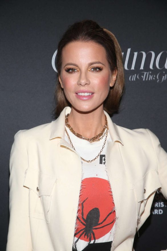 Kate Beckinsale 2019 : Kate Beckinsale – Christmas At The Grove in Los Angeles-12