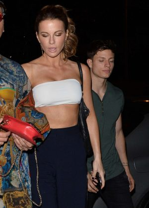 Kate Beckinsale in Crop Top - Heading to the Dave Chapelle Show in LA