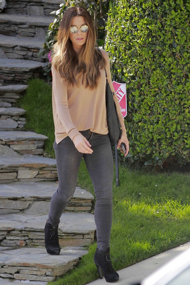 Kate Beckinsale in Tight Jeans -07