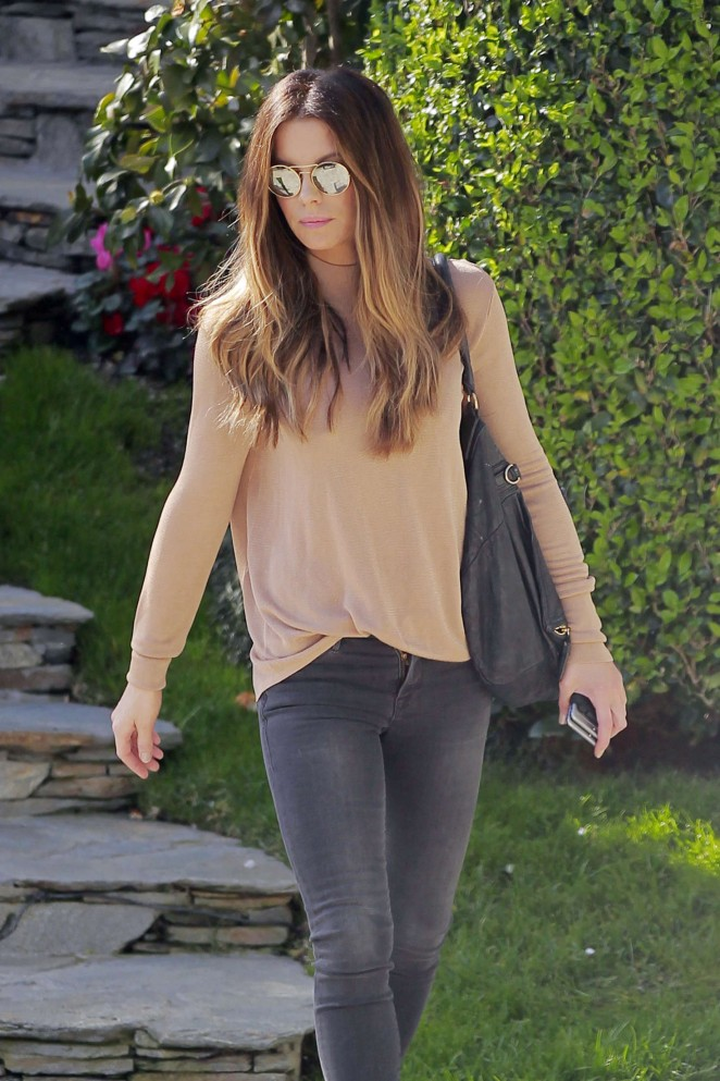 Kate Beckinsale in Tight Jeans Out in Los Angeles