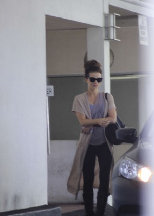 Kate Beckinsale - Leaving an office in Beverly Hills