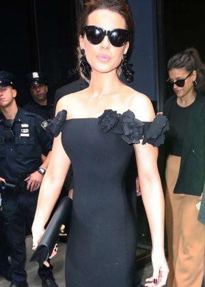 Kate Beckinsale - Leaving Oscar De La Renta Fashion Show in New York