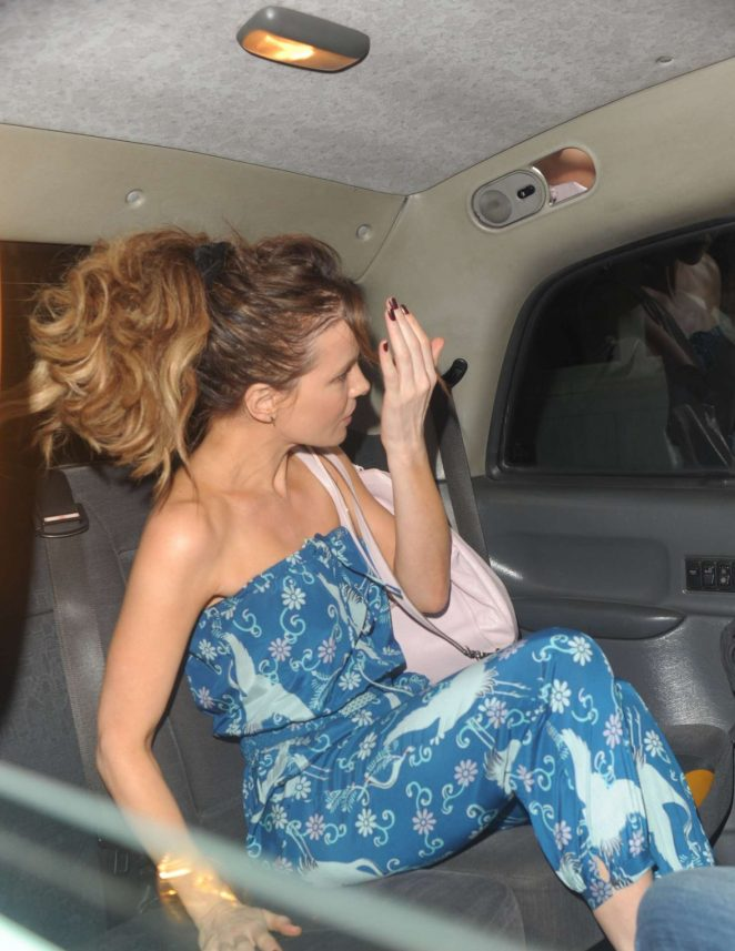 kate-beckinsale-topless-free-big-pussylips