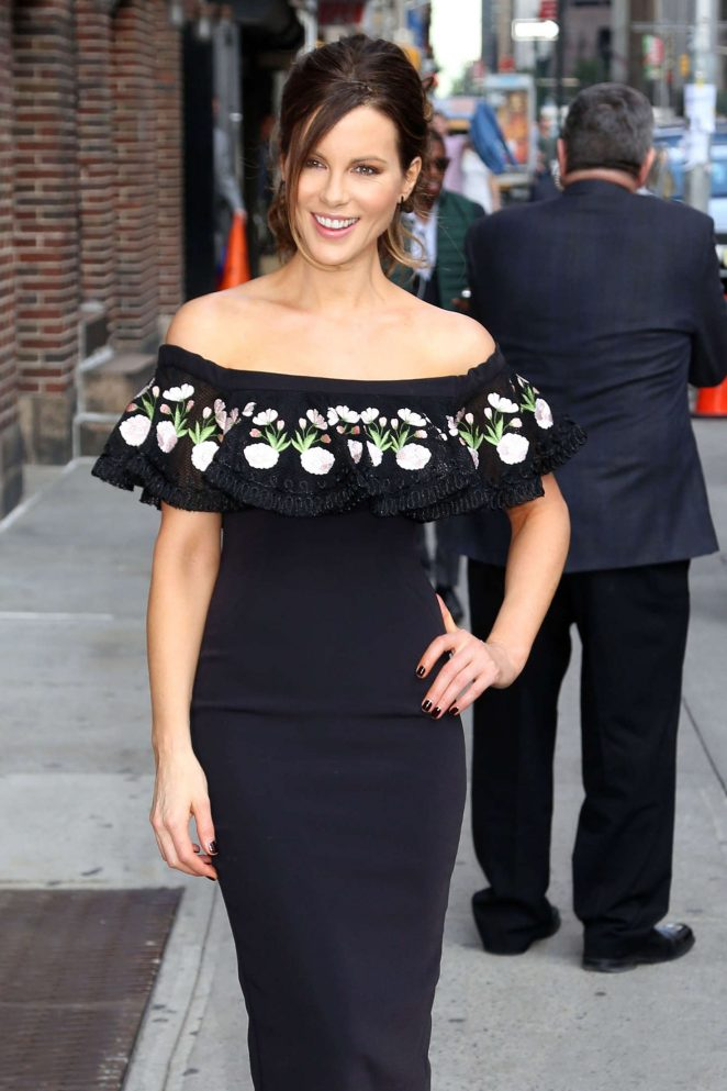 Kate Beckinsale – Leaving The Late Show with Stephen Colbert in NYC