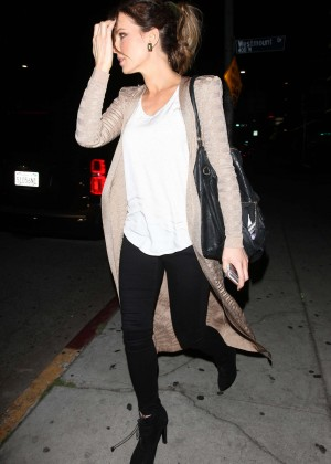 Kate Beckinsale - Leaving The Nice Guy in West Hollywood