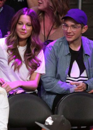 Kate Beckinsale - Los Angeles Lakers vs The Cleveland Cavaliers Game in LA