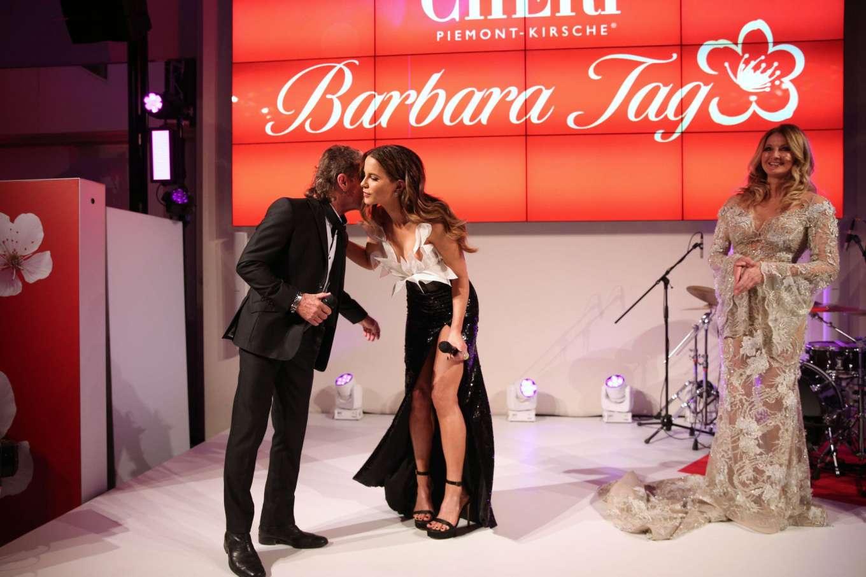 Kate Beckinsale 2019 : Kate Beckinsale – Mon Cheri Hosts Barbara Tag-04