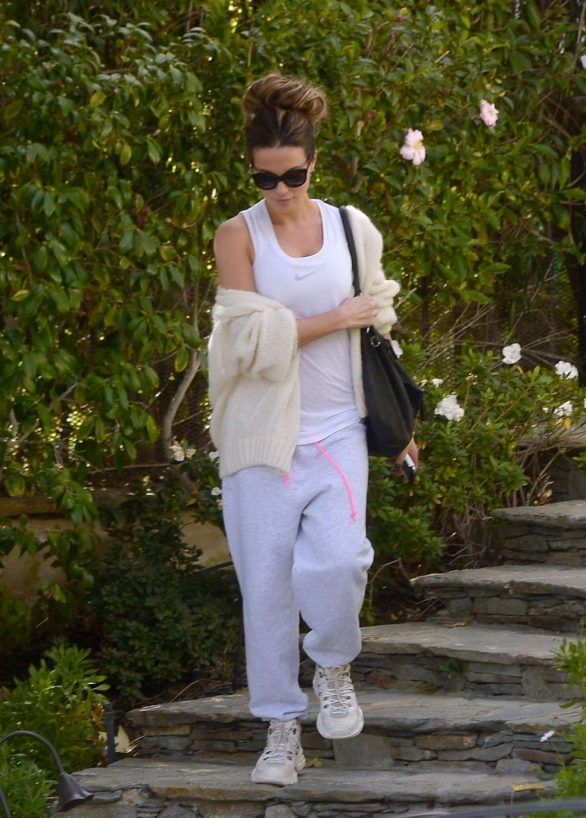 Kate Beckinsale - Out in Los Angeles