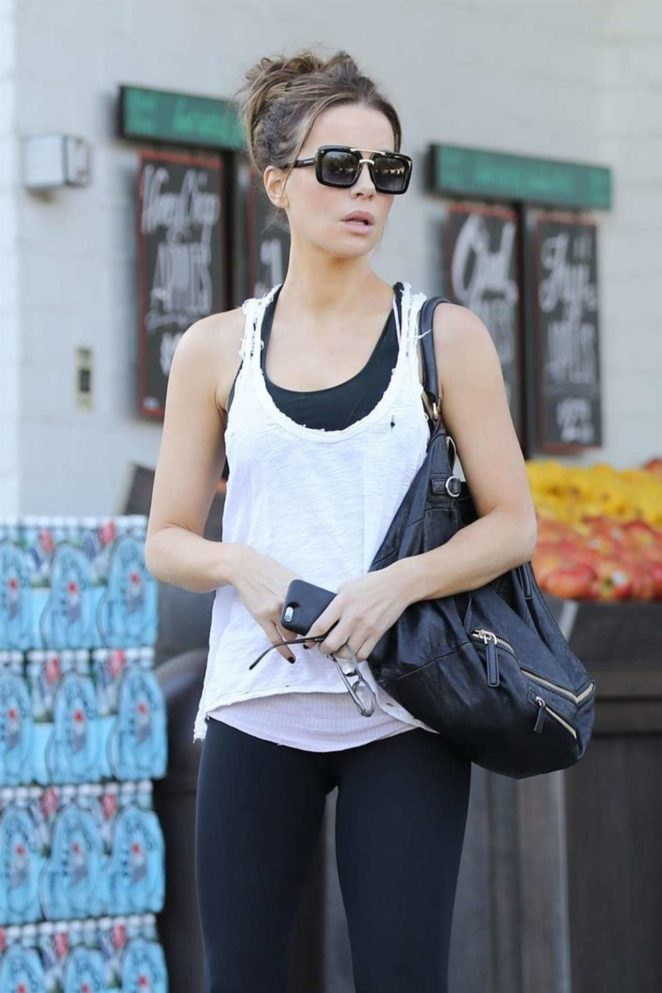 Kate Beckinsale - Shopping at Bristol Farms in Beverly Hills
