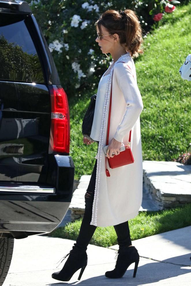 Kate Beckinsale Shopping at Restoration Hardware in West Hollywood