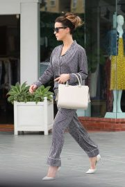 Kate Beckinsale - Shopping in Brentwood