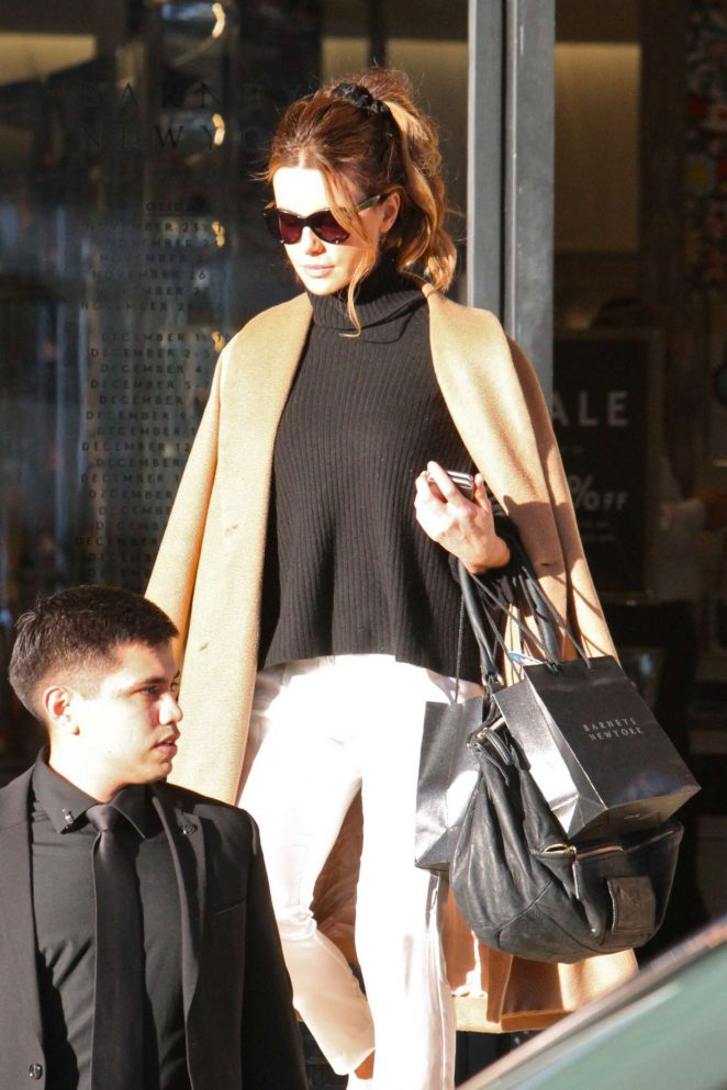 Kate Beckinsale - Shopping out in Beverly Hills