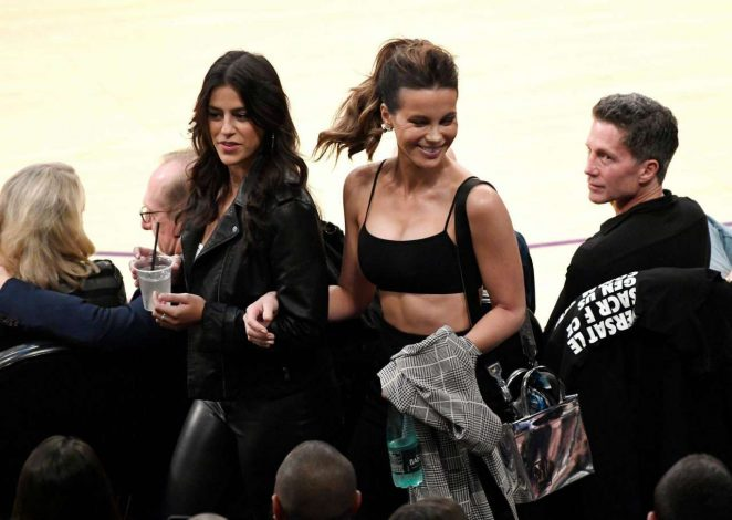 Kate Beckinsale - Watch basketball game between the LA Lakers and the Houston Rockets