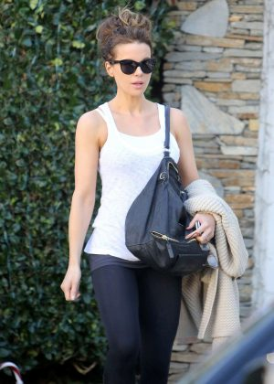 Kate Beckinsale - With Her Mom out in Los Angeles
