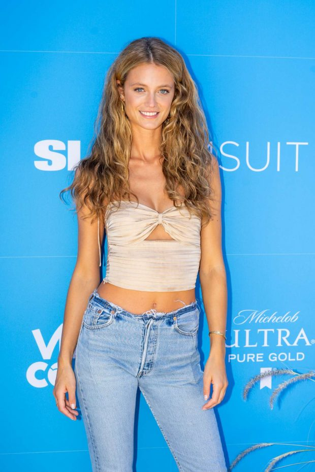 Kate Bock - Sports Illustrated Swimsuit On Location Day 2 in Miami