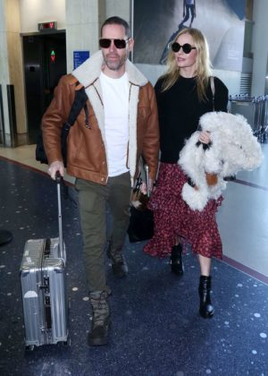 Kate Bosworth - Arrives at LAX Airport in Los Angeles