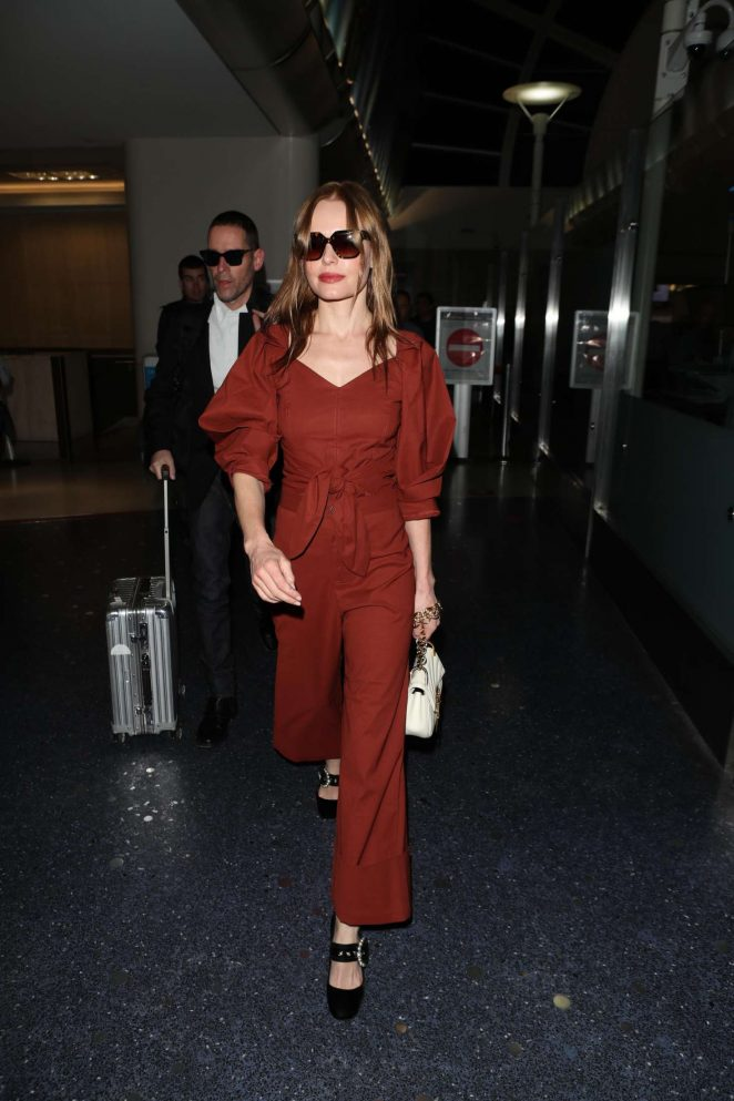 Kate Bosworth at LAX with her husband Michael Polish in LA