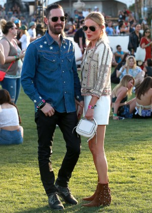 Kate Bosworth: Coachella Music Festival Day -14