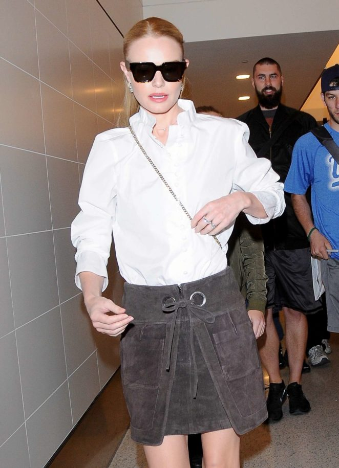 Kate Bosworth – LAX Airport in Los Angeles