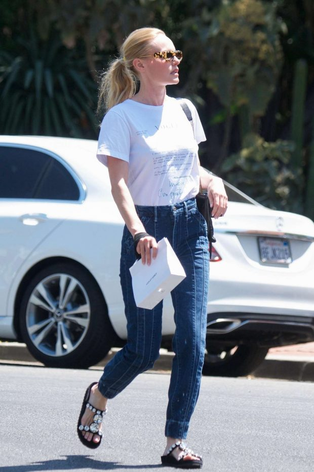 Kate Bosworth: Leaving Violet Grey Cosmetics -01