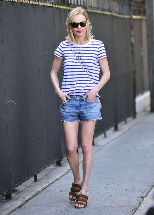 Kate Bosworth in Jeans Shorts -04