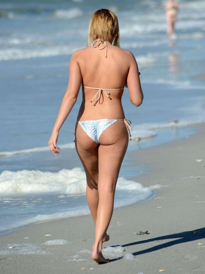 Kate England – Bikini Candids in Miami
