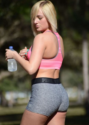 Kate England in Shorts ad Sports Bra does yoga in Miami