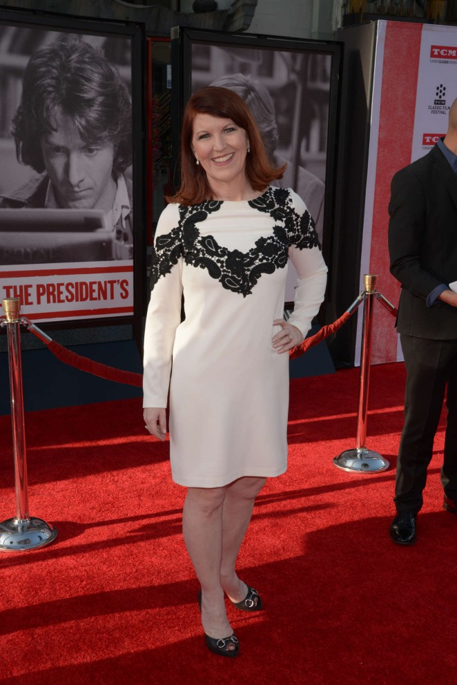 kate flannery twin sister