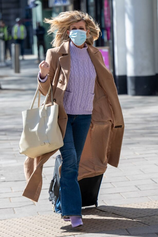 Kate Garraway - arrives for work at the Smooth Radio Studios in London