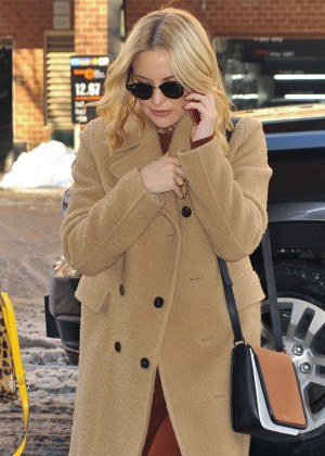 Kate Hudson - Arrives at her hotel in NY
