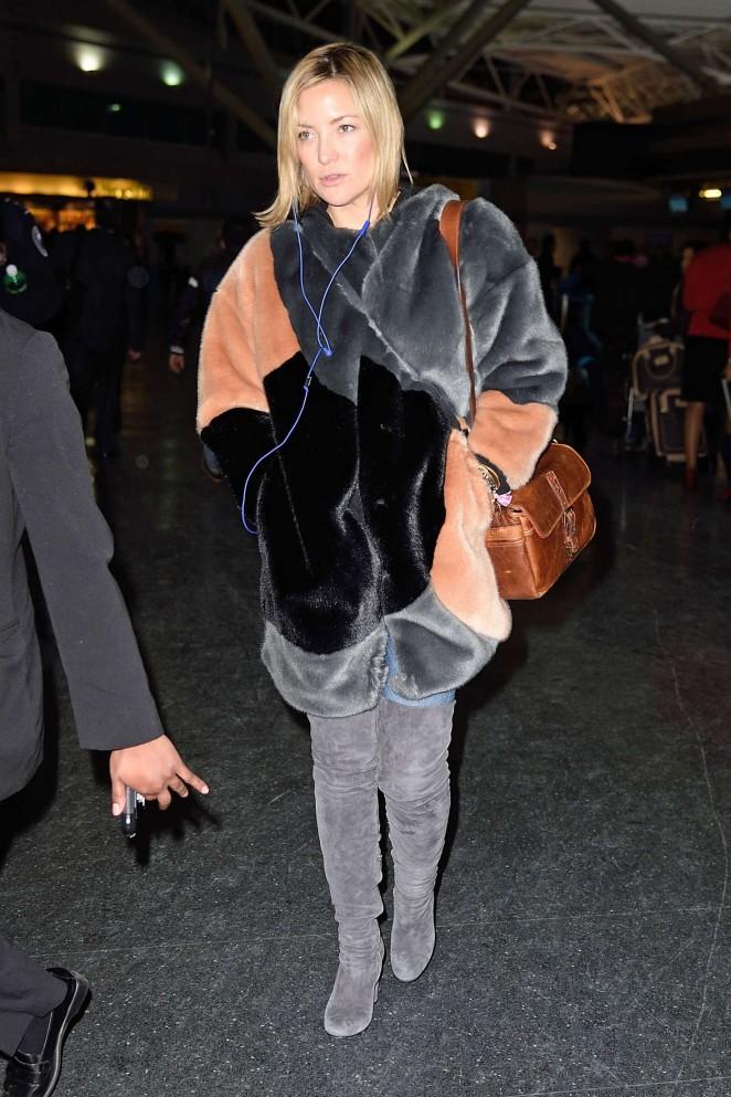 Kate Hudson: Arrives at JFK Airport -08