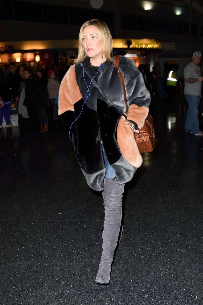 Kate Hudson: Arrives at JFK Airport -10