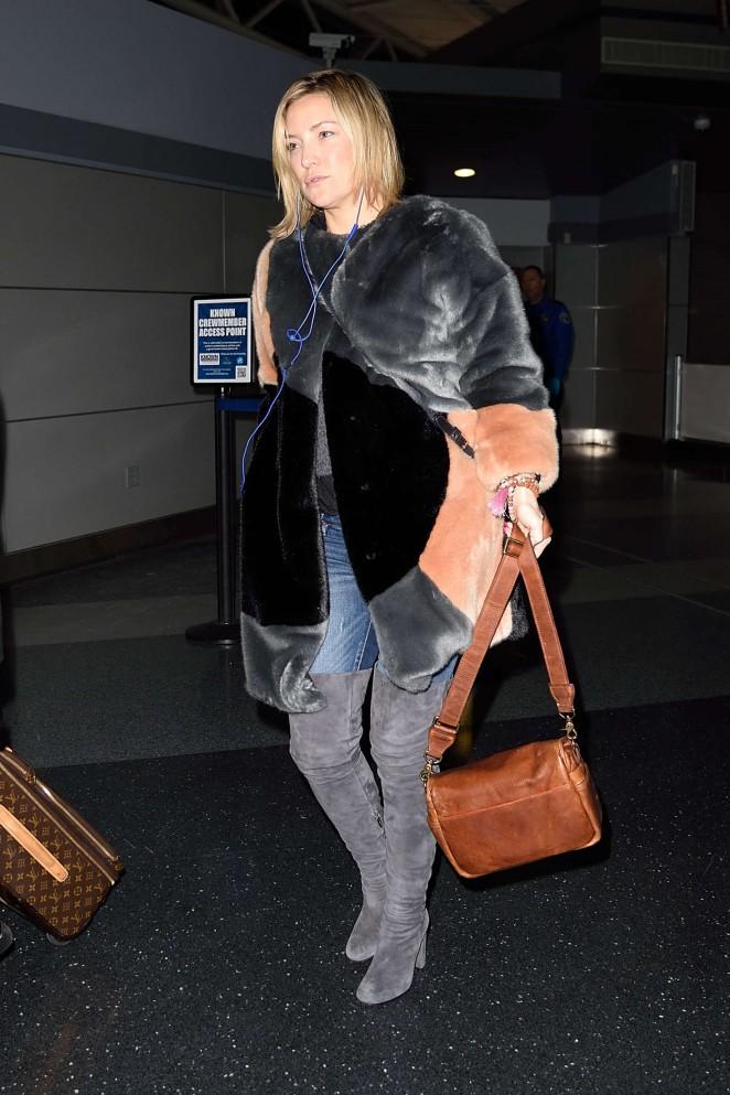 Kate Hudson: Arrives at JFK Airport -17