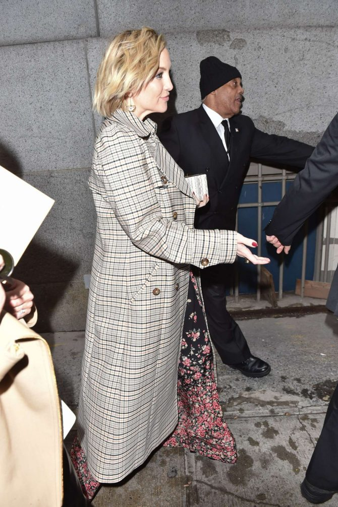 Kate Hudson - Arrives at Michael Kors Fashion Show in New York