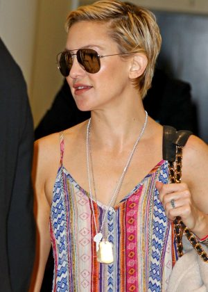 Kate Hudson - Arriving at the Sydney Airport in Australia