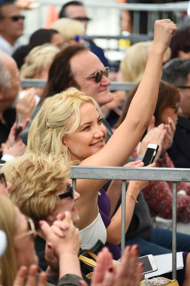 Kate Hudson at Goldie Hawn and Kurt Russells walk of fame ceremony -03