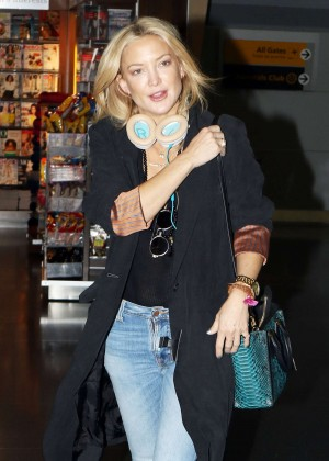 Kate Hudson in Jeans at JFK Airport in NY