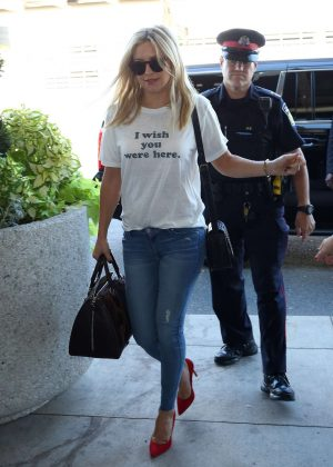 Kate Hudson at Toronto International Airport
