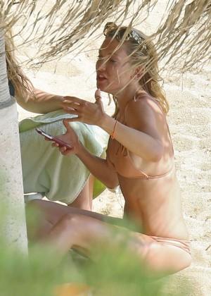 kate hudson in bikini in greece