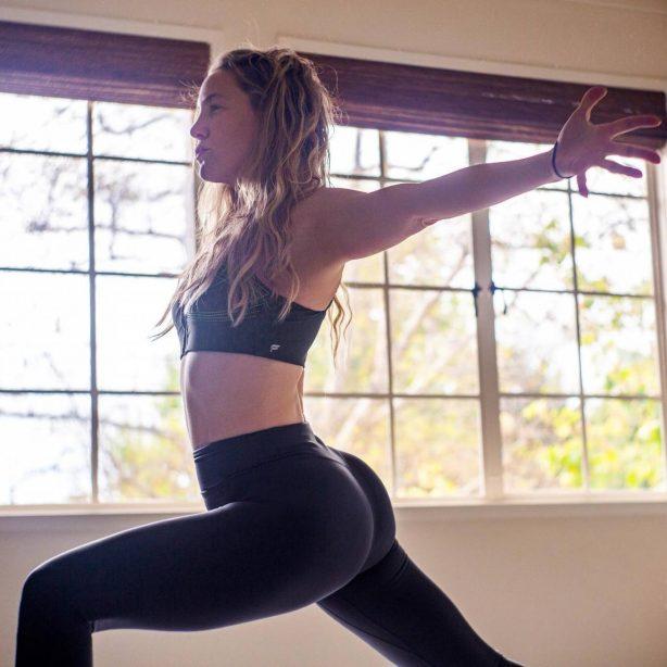 Kate Hudson - Fabletics Shoot 2020
