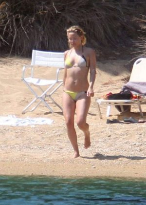 Kate Hudson in Bikini at the beach in Skiathos Island