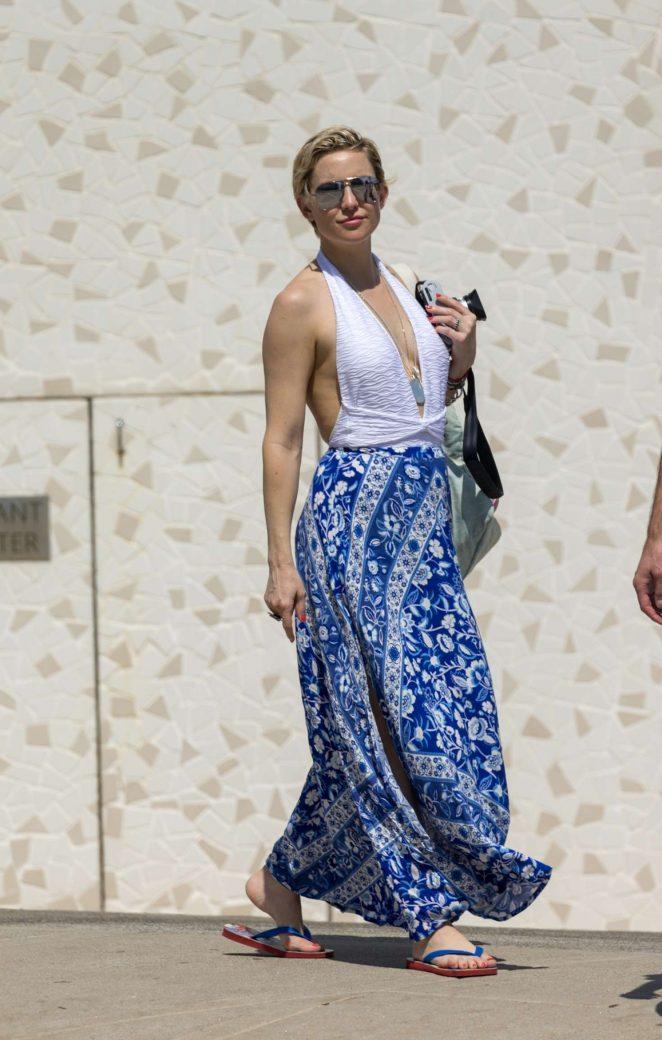Kate Hudson in Long Dress with Danny Fujikawa in Australia