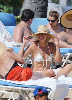 Kate Hudson in White Bikini 2016 -13