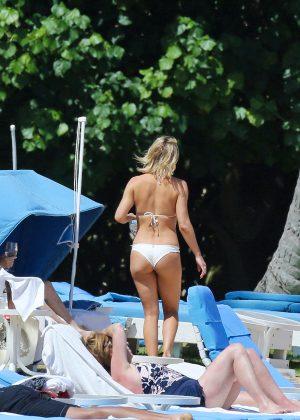 Kate Hudson in White Bikini 2016 -14