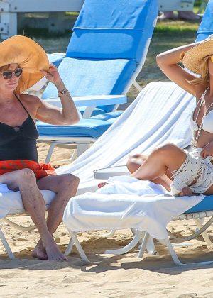Kate Hudson in White Bikini 2016 -20