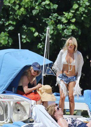 Kate Hudson in White Bikini 2016 -26