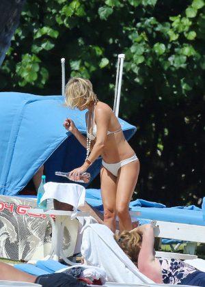 Kate Hudson in White Bikini 2016 -30