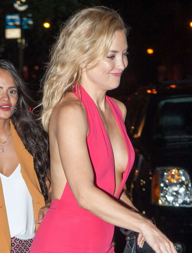 Kate Hudson – Leaving a nighclub in New York City