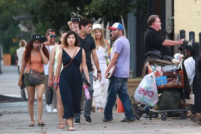 Kate Hudson on the set of Sias new project in Los Angeles -05